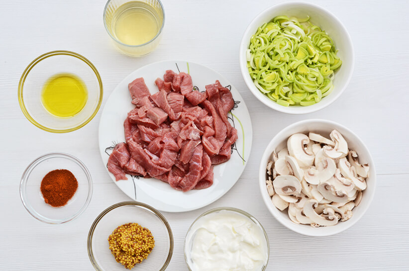 Pork-Stroganoff_Ingredients