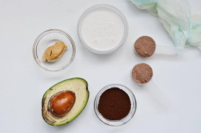 Homemade-Banana-Chocolate-Protein-Shake_Ingredients