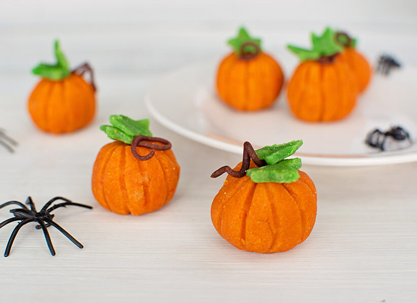 Mini Marzipan Pumpkins