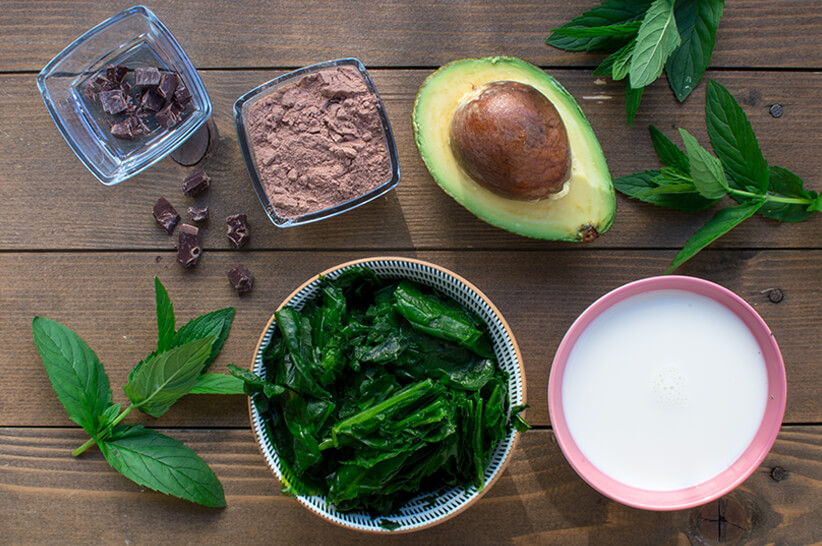 Mint-Chocolate-Chip-Green-Smoothie_Ingredients
